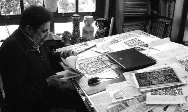 """<div class=""""titulo_partido""""><span>Romaxe.</span></div> Entrevista a Xosé Vizoso, deseñador dos medallóns das romaxes"""