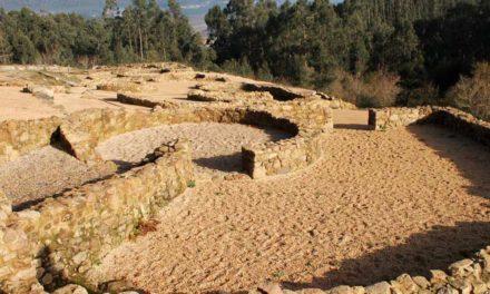 """<div class=""""titulo_partido""""><span>Un país coma un mundo.</span></div> Arqueoloxía polo Salnés"""