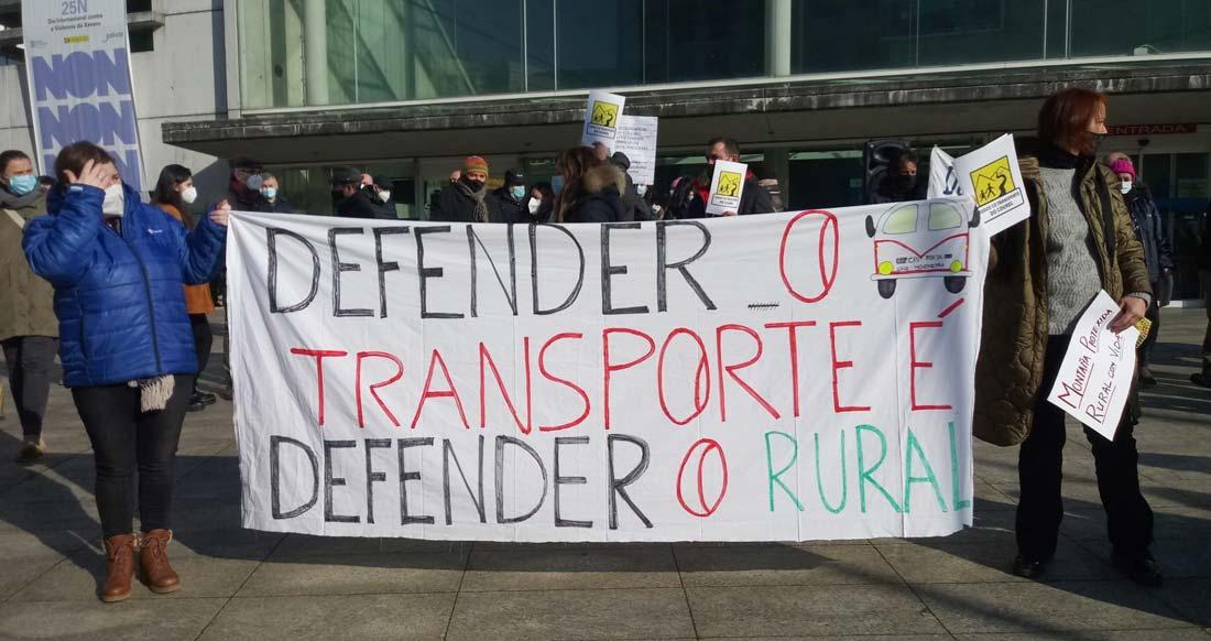Defensa do servizo de transporte no Courel