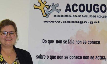 """<div class=""""titulo_partido""""><span>Ferrados de corazón.</span></div> Carmen Dourado: """"Hai centos de crianzas en centros de menores, sen dereito a teren unha familia"""""""